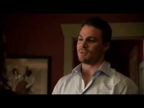 Arrow Oliver and Laurel kissing scene S01E22
