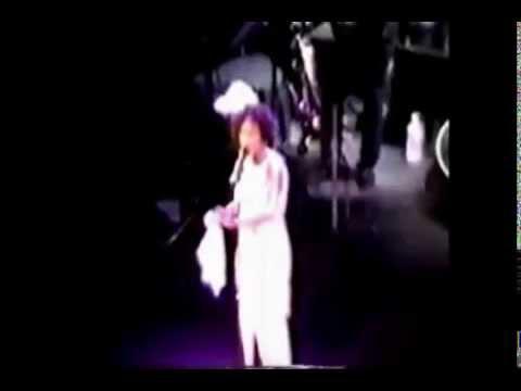 Whitney Houston - And I Am Telling You + I Have Nothing (1993)