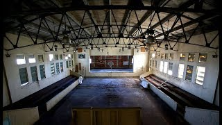 EXPLORING THE LARGEST ABANDONED SCHOOL. HEARD FOOTSTEPS BEHIND ME!