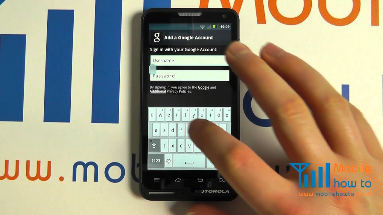 How To Sign In To a Google Account - Motorola MOTOLUXE