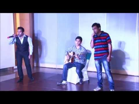 Papa Kahte Hain (Live Group Performance)