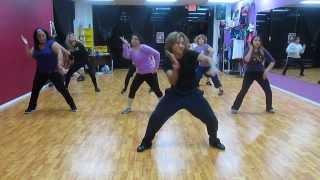 Bailando por ahi (zumba) dance fitness por ZIN Pablo Luna, el paso tx