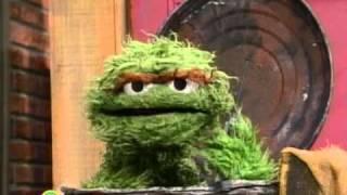 Sesame Street: Oscar's Cell Phone