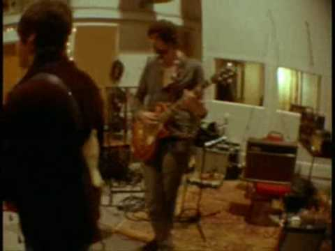 Oasis & Kasabian Jam at Abbey Road