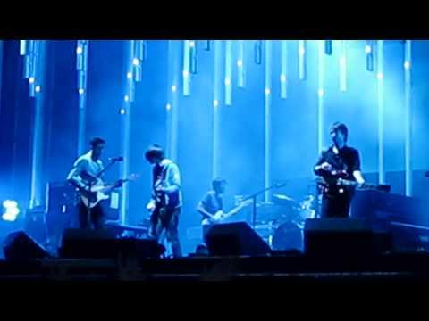 Radiohead - Weird Fishes / Arpeggi (Radiohead Live in Praha)