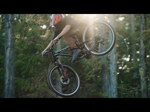 Bas van Steenbergen Rips Down a 'Dream Slalom' MTB Track (4K Video!)