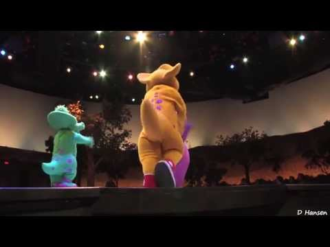 ♥♥ A Day in the Park with Barney at Universal Studios (in HD)