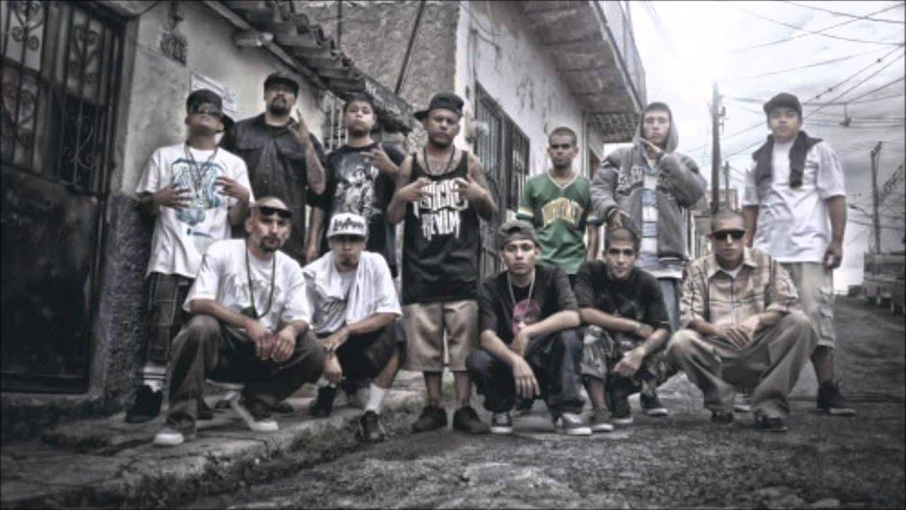 Download VENGO CON LOS MIOS - SANTA GRIFA FT ZIMPLE, & MC POCHIA ''VIDEO OFFICIAL''(REMIX 2015)''