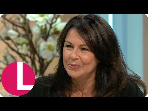 Julie Graham Wants To See More Acting Roles For Older Women | Lorraine
