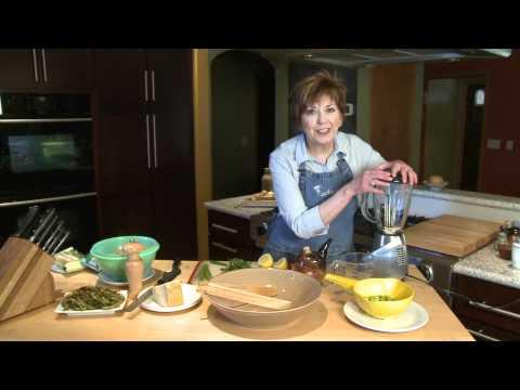Spaghetti with Green Sauce and Edamame - Lakeland Cooks!