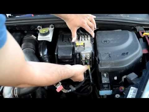 peugeot 308 battery removal guide. Black Bedroom Furniture Sets. Home Design Ideas