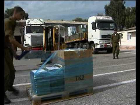 Israeli Aid Delegation Prepares Supplies for Haiti