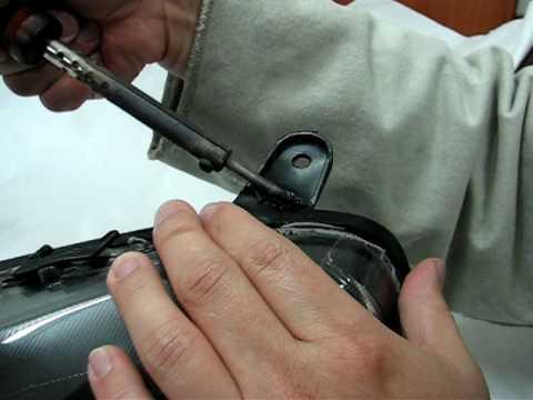 Fixing broken headlights bracket #1