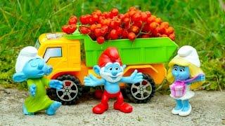 Смурфики и запасы на зиму - Видео с игрушками из мультфильмов