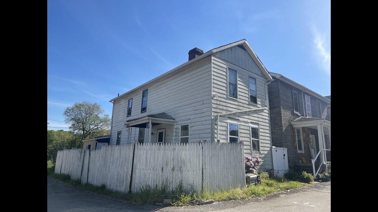 - CZ Capital Group -46 South Railroad Street, Manor PA