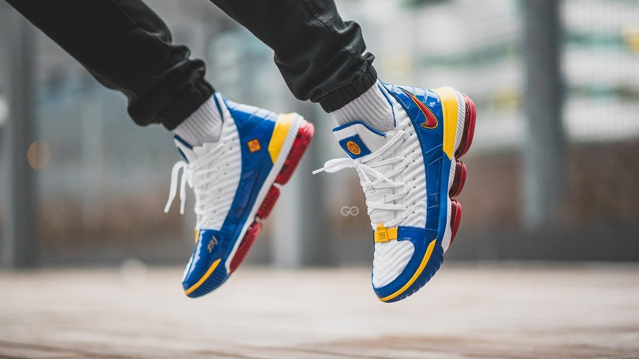 729989c54c6e Nike LeBron 16