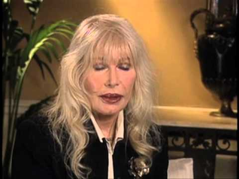 "Loretta Swit on what made Margaret Houlihan unique on ""M.A.S.H"" - EMMYTVLEGENDS.ORG"