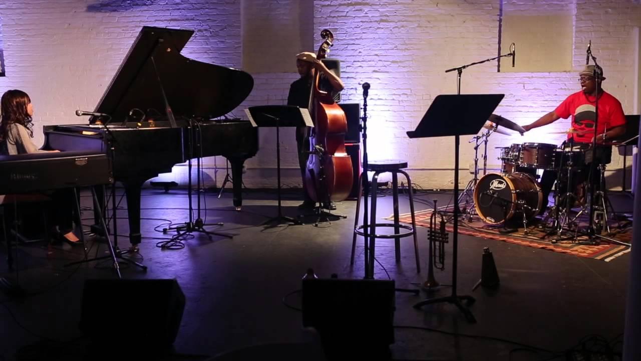 "Mamkio Watanabe Trio - ""A Little Piece for Dance"""
