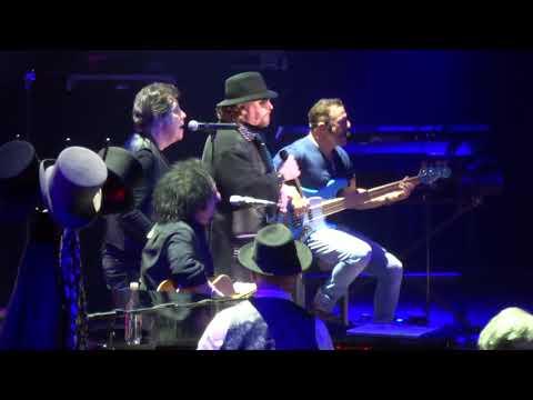 Toto ~ Mushanga Acoustic @Ziggo Dome Amsterdam 17032018