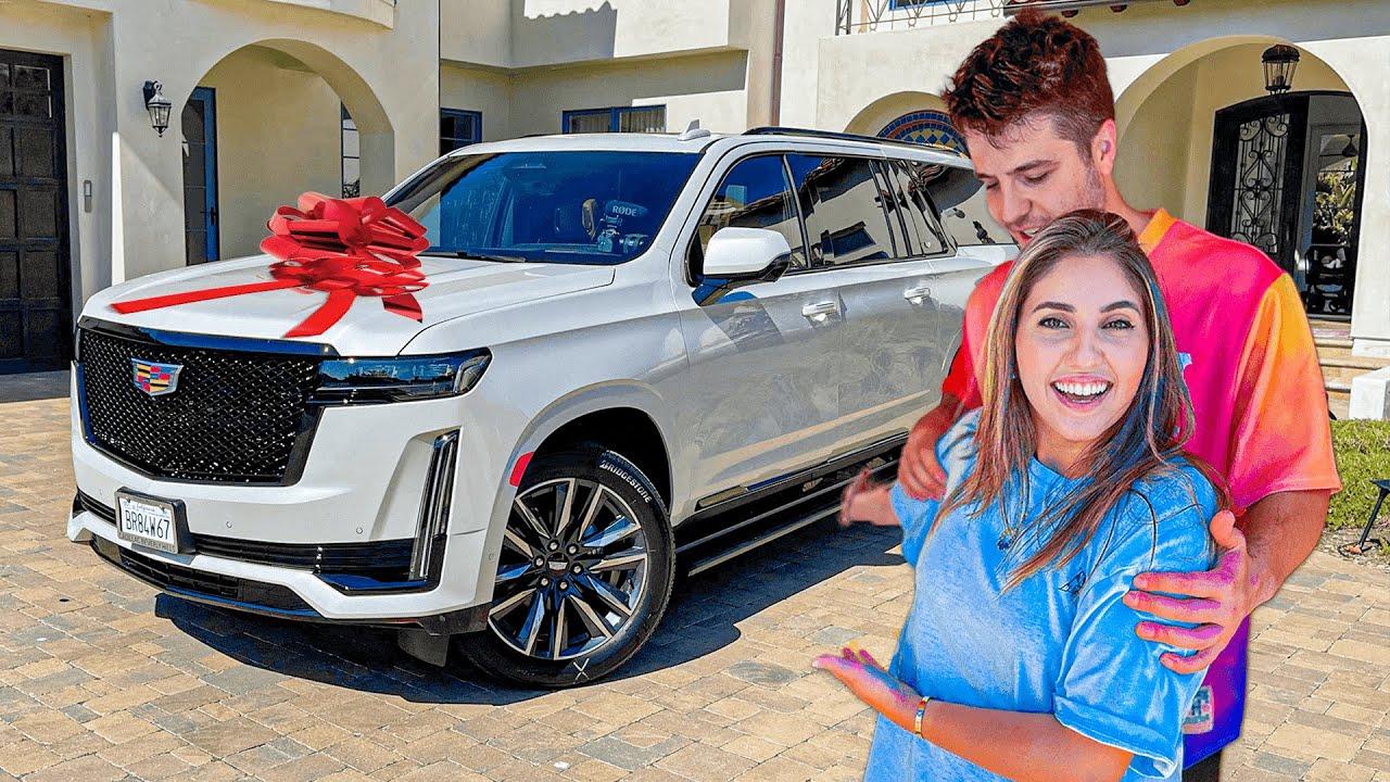 اشترينا سيارة احلامنا..❤️