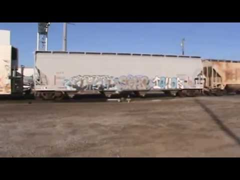 BNSF General Freight arrival Tulsa, OK 11/23/15 vid 1 of 12