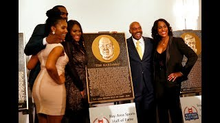 San Francisco Bay Area Sports Hall of Fame induction and Brandi Chastain bust