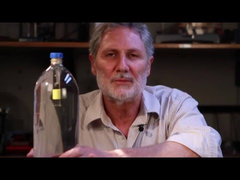 How Does a Submarine Sink and Rise?  Soda Bottle Diver | Cartesian Diver Physics Experiment