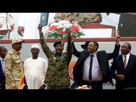 الفريق أول عبد الفتاح البرهان يؤدي اليمين رئيسا لمجلس السيادة في السودان…  - نشر قبل 4 ساعة