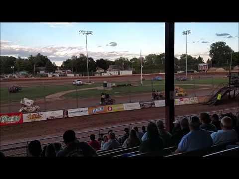 Plymouth Dirt Track Mini Sprint Heat Race mp4 6 24 2017