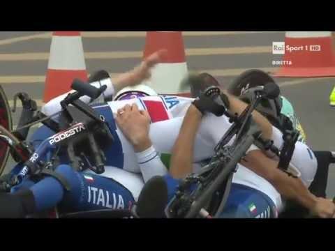 Arrivo Alex Zanardi medaglia oro Rio 2016 H2 5 Team relay
