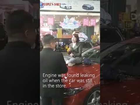Разгневанная клиентка в Китае остановила продажи Mercedes-Benz