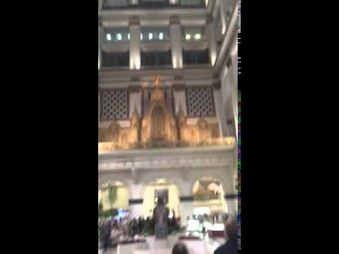 Philadelphia Macy's Organ