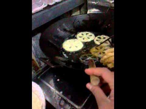 Kue kembang goyang mochimochi - YouTube