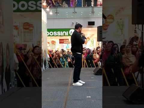 Kaulah Segalanya -Alif Satar @OneKm Mall SG : 12Feb 2017