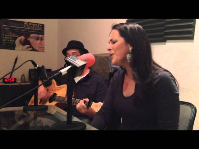 """Holley McCreary """"Gone"""" Live Acoustic"""