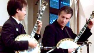 Duelling Banjos with Sean Moyses and Ken Aoki.