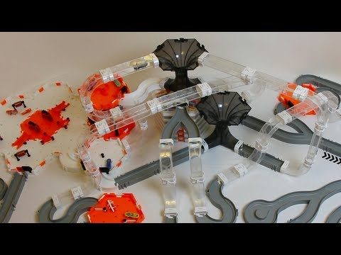 HexBug Nano V2 - Large Double Black Hole MAZE challenge - How ...