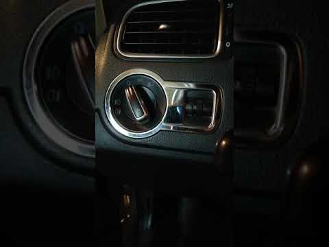 Как снять переключатель света фольксваген поло седан.