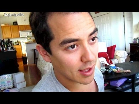 Husband Stares at Other Woman's Breast - October 07, 2012 - itsJudysLife Vlog Travel Video