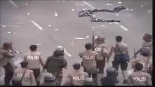 TERBONGKARR VIDEO KEKERASAN PADA SAAT KERUSUHAN 1998