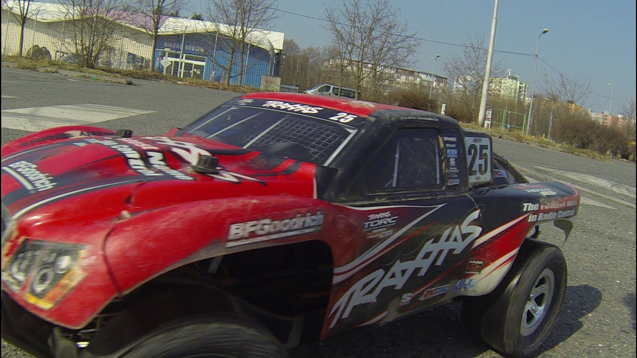 Traxxas Slash 4x4 LCG and Dusty Motors drift rings another way of RC fun
