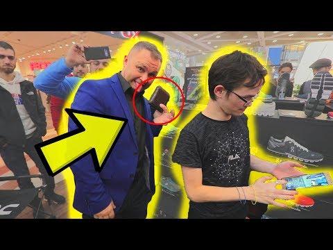 סמיון כייס ארנק וטלפון לקוסם באמצע הופעה בקניון !