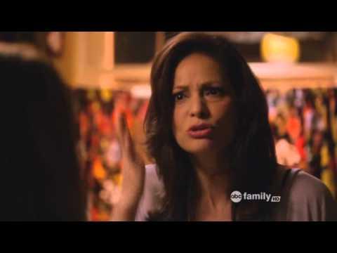 Switched At Birth: ''Let Them Love You For Who You Are ...'' (1x01)