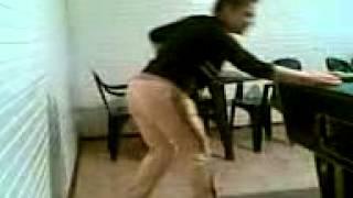 dansatoare din popou