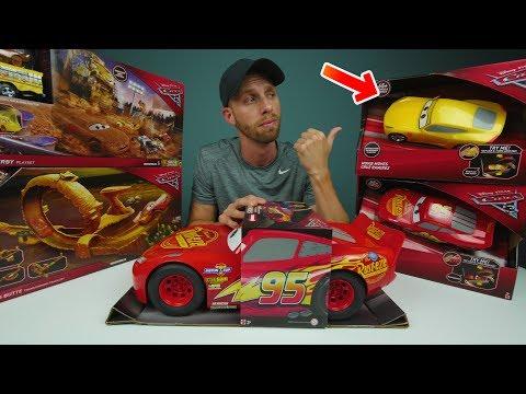 CARS 3 TOY HAUL from Mattel New Disney Pixar Cars3 Cruz Ramirez Lightning McQueen Race Tracks