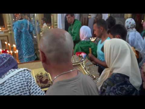 Архиреская служба в с  Сумки в праздник Почаевской иконы Божьей Матери 5 08 2017 г