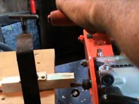 видео: Пантороутер. Станок для изготовления пазов и шипов.