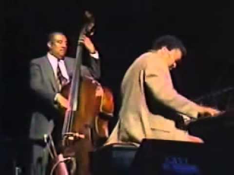 Gene Harris (Ray Brown Trio)   Summertime