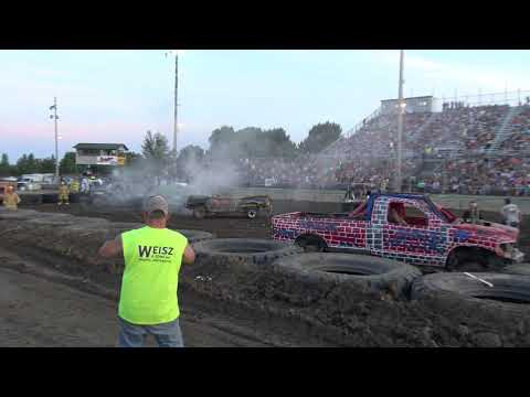 Mandan Demolition Derby 2019 - Dacotah Speedway - Trucks - Part 1