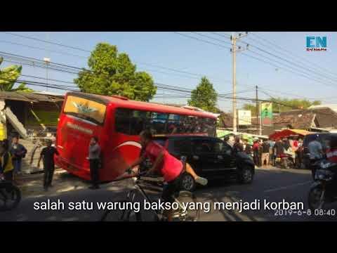 parah!!!-bus-tabrak-warung-hingga-hancur-|-kalitidu-bojonegoro